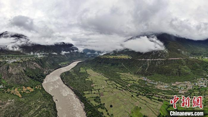 景美客自来 西藏林芝农牧民旅游脱贫记