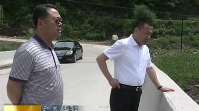 市委常委、政法委书记崔春健开展巡河工作
