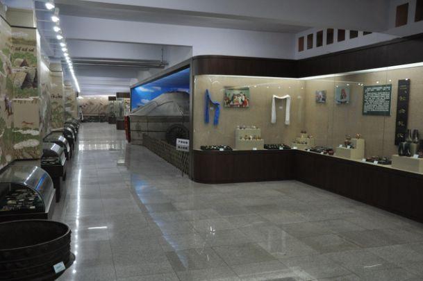 郭尔罗斯博物馆