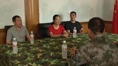 市委常委、统战部部长曲辉走访慰问驻集部队及抗日老兵