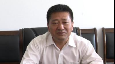 杨文慧走访慰问部分驻集部队官兵和革命老兵